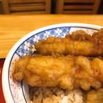 米むら - #食べログ的に撮るとこうなる。つゆにドップリ、これが正しい「蕎麦屋の天丼」なンである!