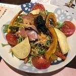 わ食場 はす家 - 加賀野菜サラダ 800円