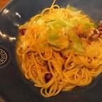 Italian kitchen VANSAN - 季節のパスタ からすみと春キャベツ、ホタルイカ