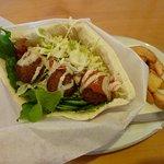 10443437 - Aランチ(Falafel in pita) 950円