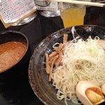 ばくだん屋 - 料理写真:つけ麺3辛700円並盛り@2011.11.20