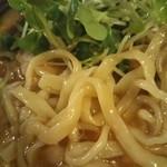Membisutoronakano - 平打ち?太麺?うまいっ!