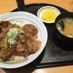 とんかつや漫遊亭 - イベリコ豚丼定食