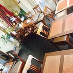チャッタイ ガーデンハウス - パーティは、2階のテーブル席。