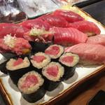 寿司 鮪家 - * まぐろ握りセット 2980円