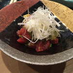 寿司 鮪家 - * 鮪クリームチーズとアボカドのわさび和え 780円