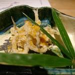 ちそう そったくいと - ⑮白魚(島根県宍道湖産)の唐揚げ、唐墨掛け