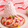 エッグスンシングス - 料理写真:★期間限定★いちごと桜ホイップのパンケーキ