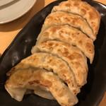 キラーカンの店 居酒屋カンちゃん - カンちゃんいわく何処よりも美味い自慢の餃子