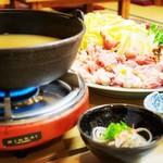 なかがわ - 冬季限定の鍋メニュー(アンコウ鍋など)
