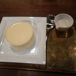 Cheese and BAR - チーズプリン