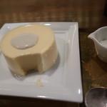 Cheese and BAR - ゴルゴンゾーラソースが合う