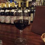 ラ ココリコ - 2杯目の赤ワイングラス(1200円)、クマロユーネロリゼルヴァモンラプルチア