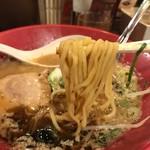 一風堂 - 太い縮れ麺