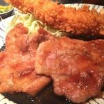 104486752 - エビフライと生姜焼き(アップ)