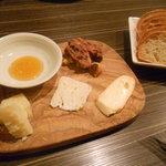 アル チェッポ - チーズ盛合せ