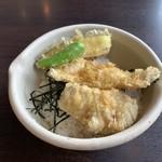 天ぷら大衆酒場 ふみ屋 - ミニとり天丼