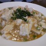 中国料理 甜甜酒楼 - 色合いは地味でも絶品の海鮮麻婆豆腐