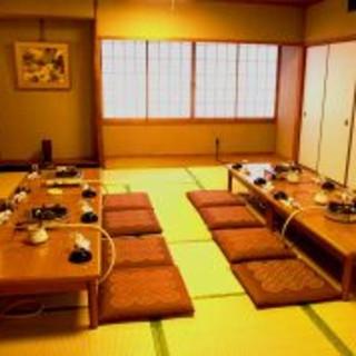 こちらは最大24名様までご利用いただける個室になります。