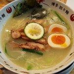 博多担々麺 とり田 - 味玉チャーシュー鶏白湯麺(上から)