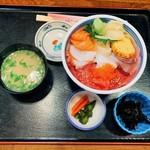 104507464 - 海鮮丼
