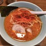 麺通 - カラフトらーめん(辛背油)半麺こってりで 780円