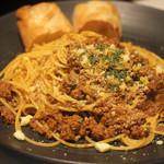 104510313 - 牛肉ラグーソース、スパゲッティーニ