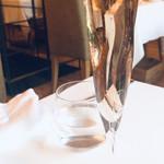 104515092 - ロゼのスパークリングワイン