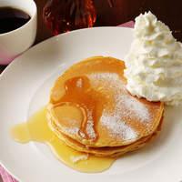 ピザーラ エクスプレス - 朝食にぴったり!!メープルシロップをお好みでたっぷりかけて食べられます♪