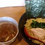 横浜家系らーめん三元 - 料理写真: