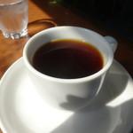 ラウンドカフェ - ドリンク写真:苦みのある珈琲