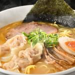 天空 - 生姜ワンタン麺