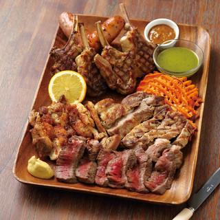 大満足!がっつり肉料理!!