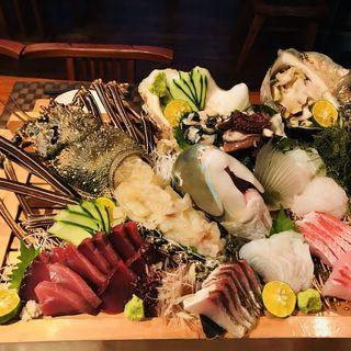 鮮度抜群!旬を感じる海鮮料理×本格沖縄料理を味わい尽くす◎