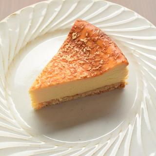 ★こだわりのチーズを使用した手作りのケーキ