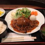 赤坂 江戸桜 - 煮込みハンバーグ御膳