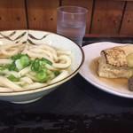 大島うどん - 料理写真:身体あったまるシンプルな組み合わせ