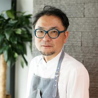 西岡英俊氏(ニシオカヒデトシ)─柔らかな感性で紡ぐ西岡料理