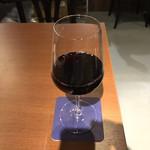 下北沢 ビストロ Bon - ドリンク写真:ハウスワインの赤。 美味し。