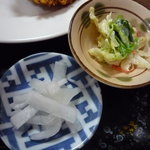 食堂 伊賀 - 小鉢とお新香