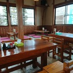 上野製麺所 - 内観