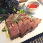 ロビーカフェ - 北海道産ゆめの大地豚の低温ロースト くるみと2種のソース(1350円)