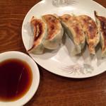 仙香園 - 自家製焼き餃子