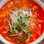 林華苑 - マーボー麺 900円
