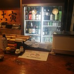 たこ寅 - 日本酒棚