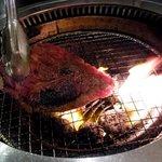 焼肉牛炎 - 厚切り黒豚ロース
