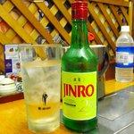 オムニ食堂 - ドリンク写真:JINRO