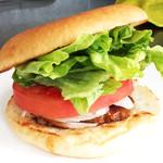 佐世保バーガー ルース - 料理写真:ルースの基本「ハンバーガー」
