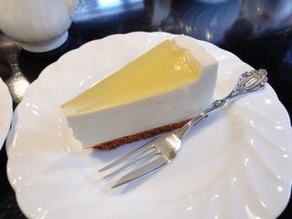 魔愁 - ヨーグルトチーズケーキ 450円