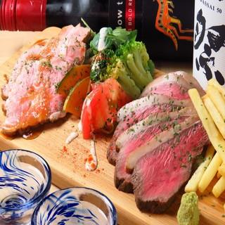 広島県産中山牛イチボローストビーフと赤豚ローストポークの肉盛
